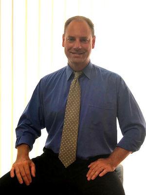 Clayton Ripley, CEO クレイトン リプリー